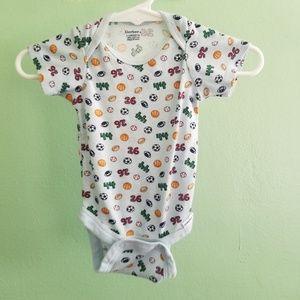 Gerber Baby boy bodysuit sports pattern 0-3 months